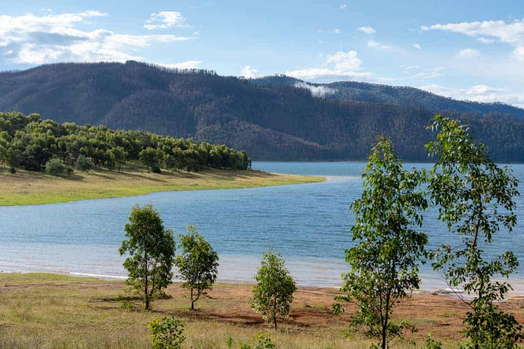 Snowy Mountains Lake Blowering Humes Crossing Free Camp